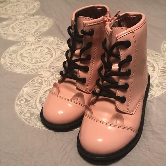 excellent quality durable service discount for sale Children's place pink cat boots size 9